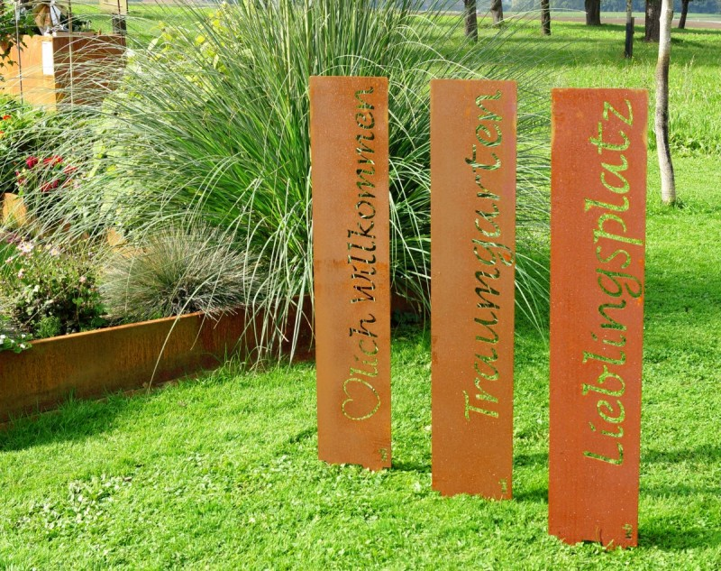 Gartenstele rost kleinster mobiler gasgrill for Edelrost skulpturen garten