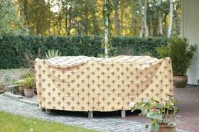 Gartenmöbel vor Verwitterung schützen