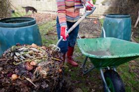 Komposter umschichten